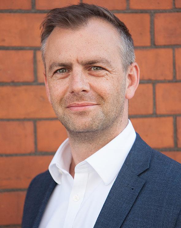 Iwan Lloyd-Smith